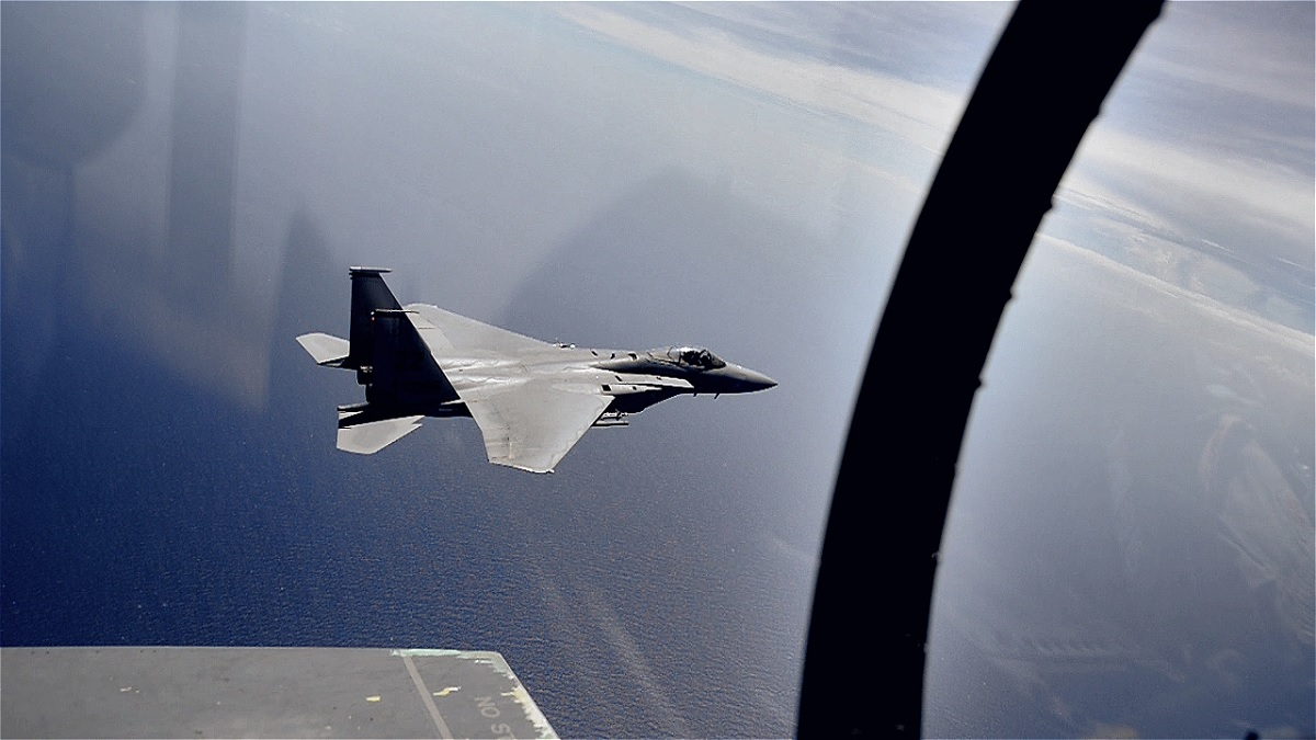 The (simulated) kills achieved by F-14 and F-15 fighters against the SR-71 Mach 3 spy plane