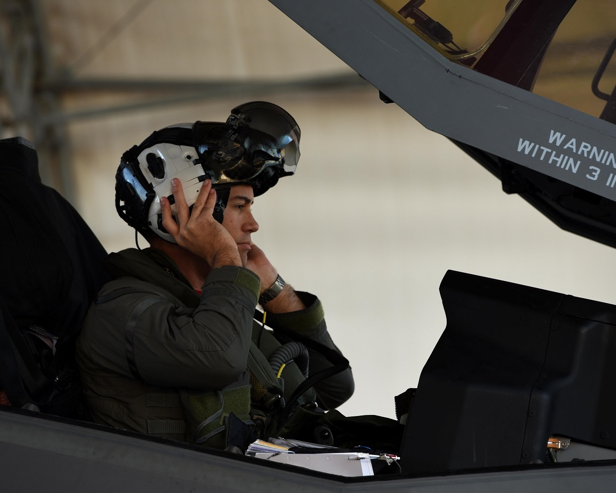 SECOND U.S. NAVAL AVIATOR SELECTED TO DUAL QUALIFY IN THE U.S. NAVY'S F-35C AND THE USAF F-35A
