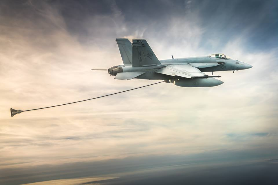 Canada will annouce next week its intention to scrap F/A-18 Super Hornet acquisition. It will buy second-hand Australian F/A-18 Hornets instead.