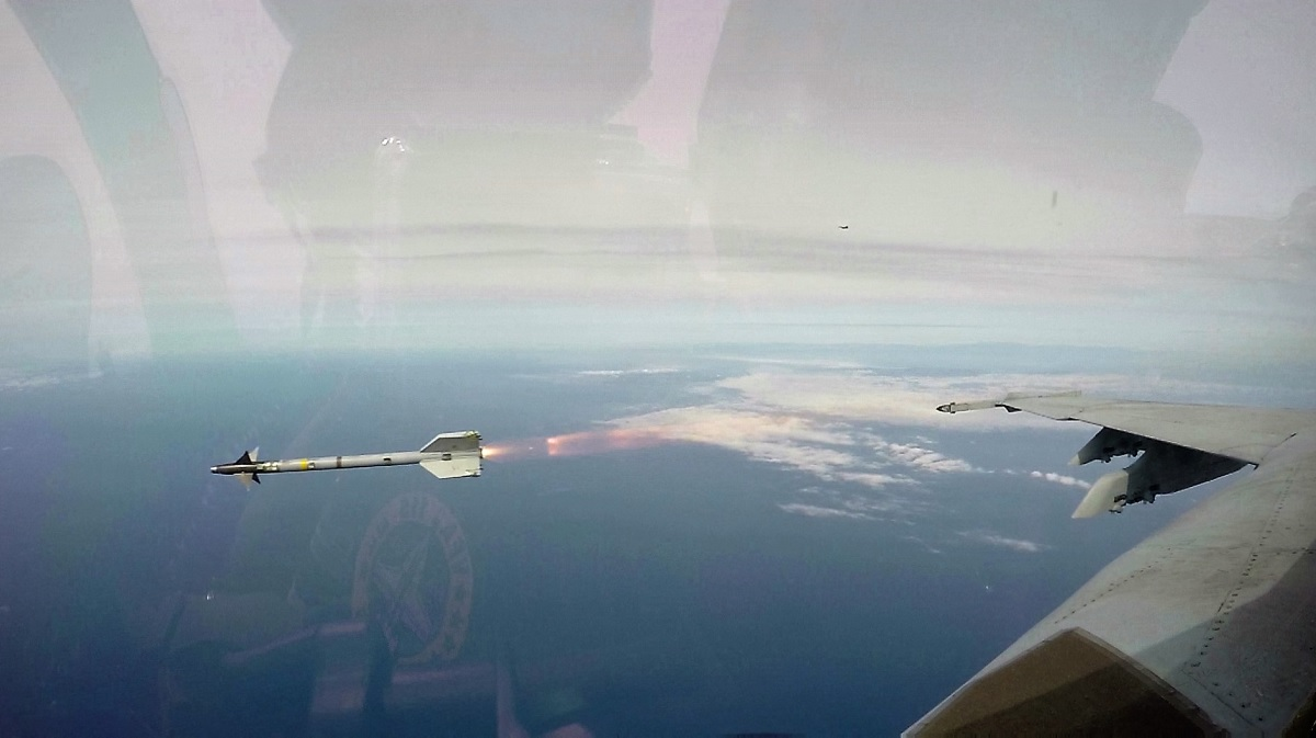 Interesting video features U.S. NAVAL Naval Aviators describing the shooting down of the Syrian Su-22 Fitter