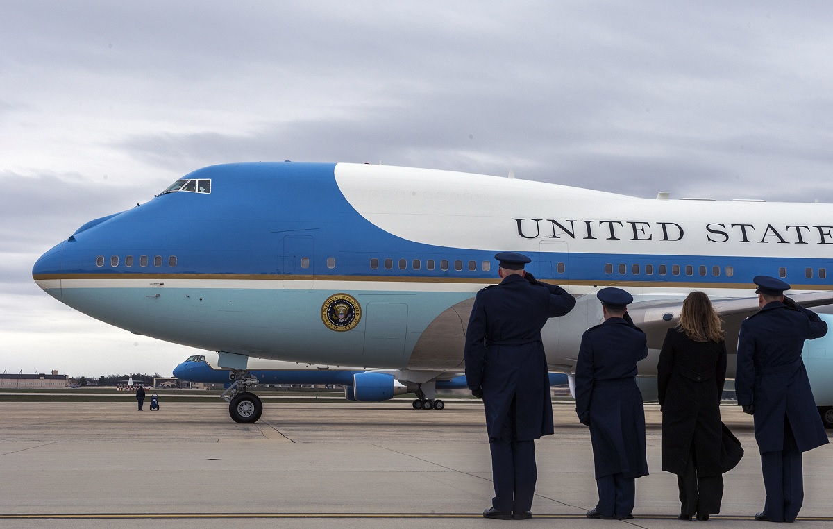 U.S. Military could revise White House decision to dump Air Force One aerial refueling capability
