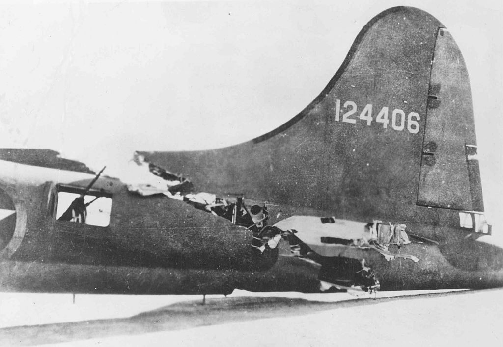 """The story of """"All American"""", the B-17 that made it home after having been sliced by the wing of an Me 109"""