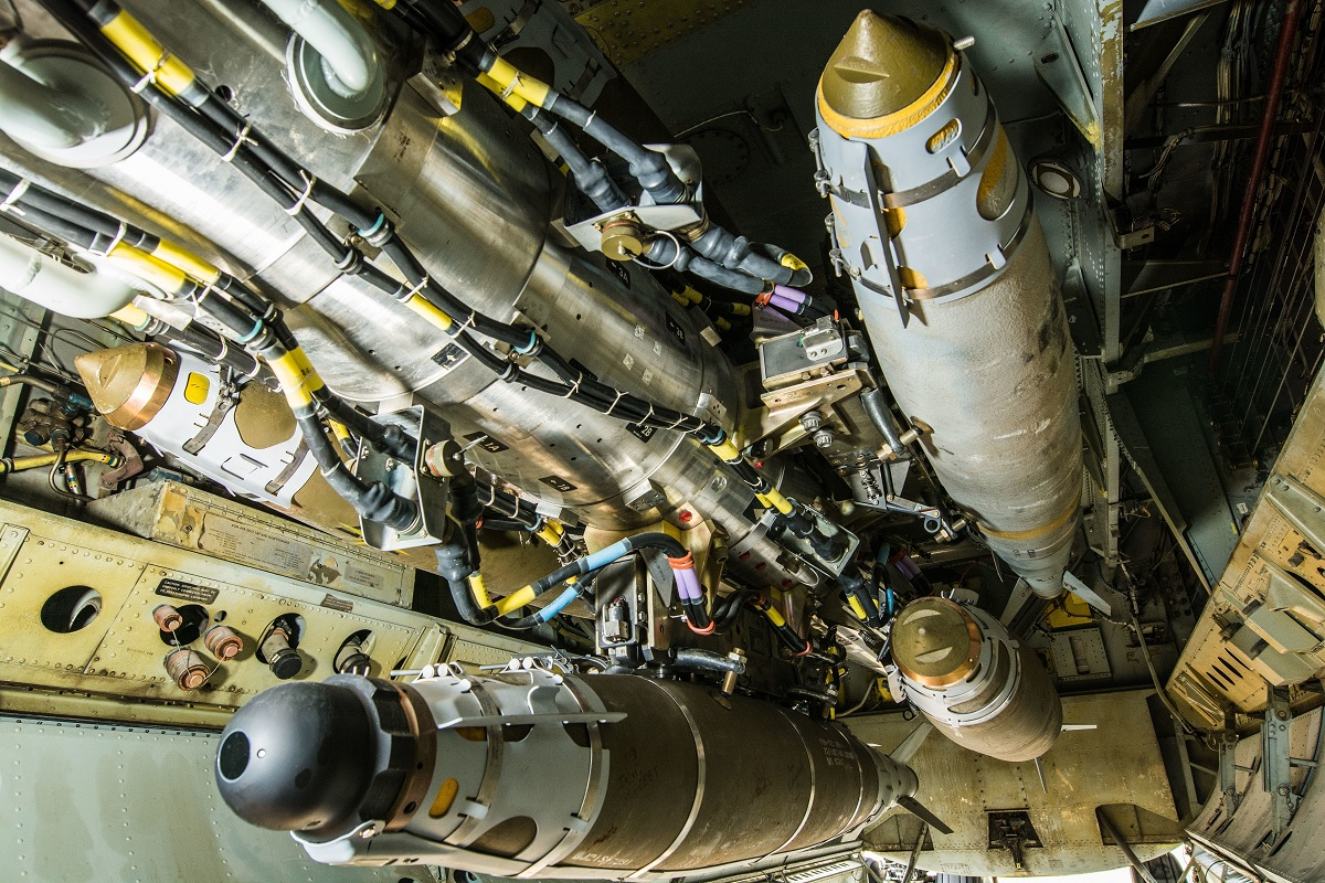 B-52 has already used in combat its new conventional rotary launcher