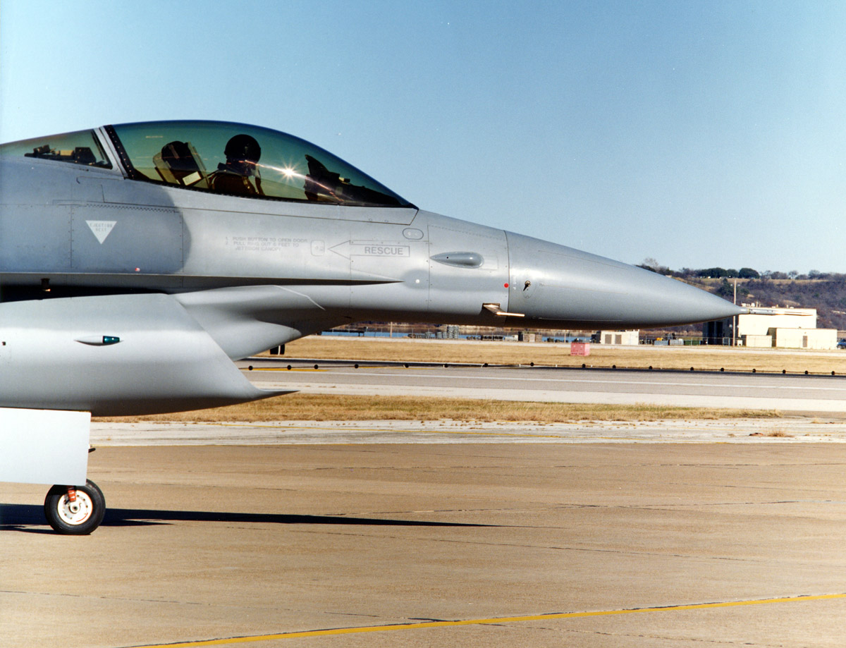 Here are some photos of the F-16 used to test F-35's diverterless supersonic inlet