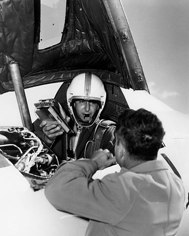 How Scott Crossfield (and the D-558-2 X-Plane) beat Chuck Yeager and Became the First to Reach Mach 2