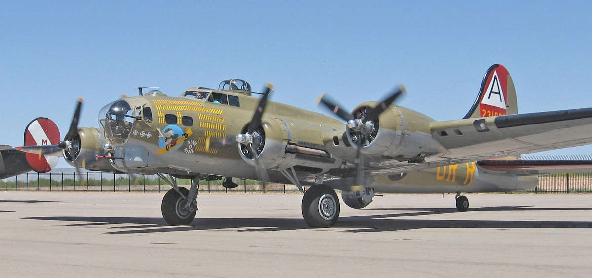 Collings Foundation B-17 Flying Fortress Crashes