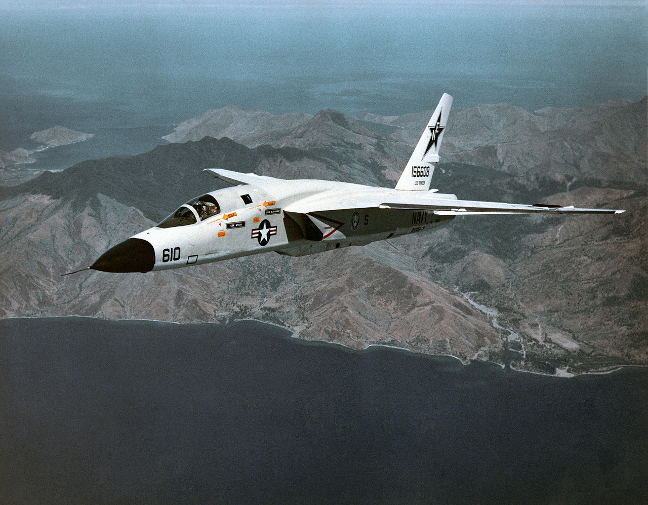 """The RA-5C Vigilante's Flights Over Cuba during the Missile Crisis that Never Were and """"Jiffy Soda"""" Missions"""