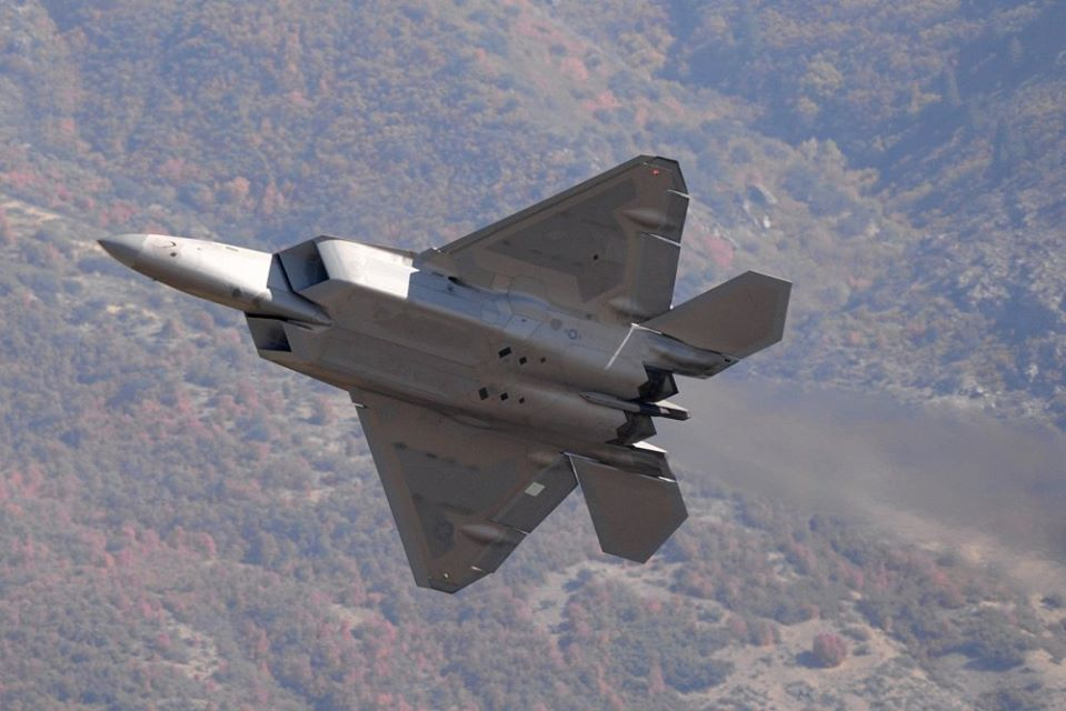 F-22 Raptor that Crash Landed More than Seven Years Ago Takes to the Air again