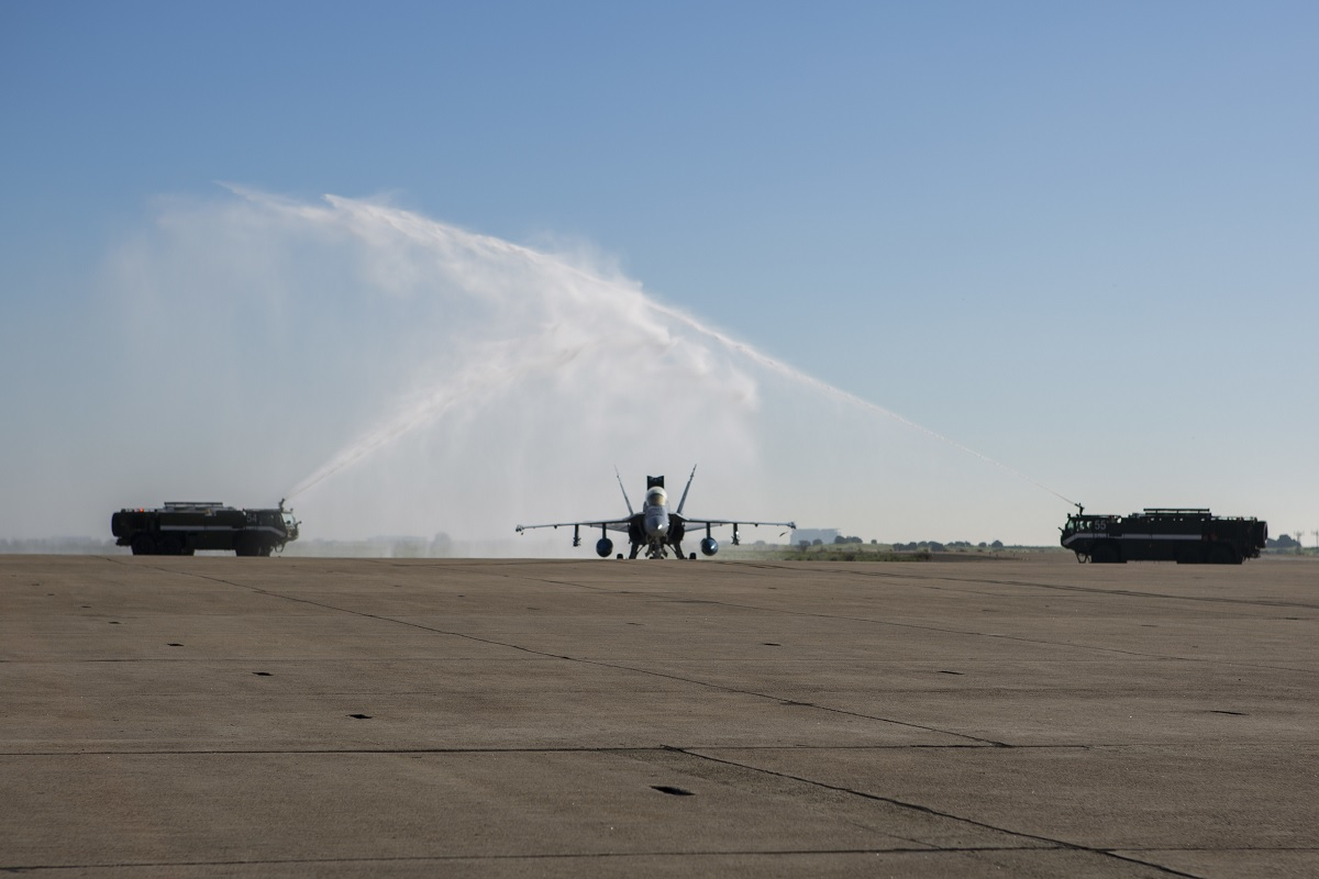 VMFA-225 CO fired for making Low-Level Pass during Unit's F/A-18D Sundown Ceremony