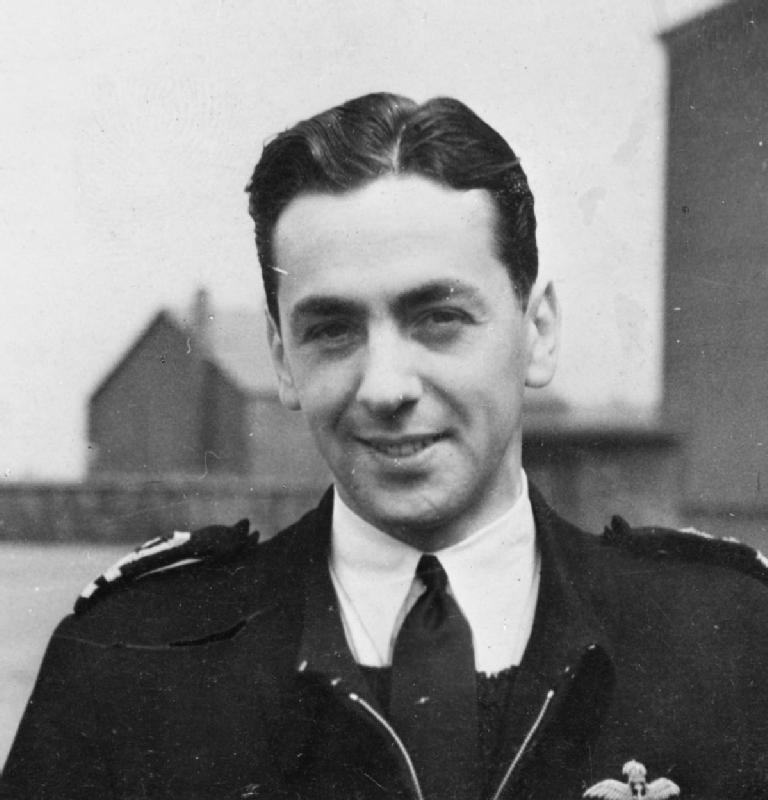 The story of legendary test pilot Eric 'Winkle' Brown and the Seafire 'crabbed' landing
