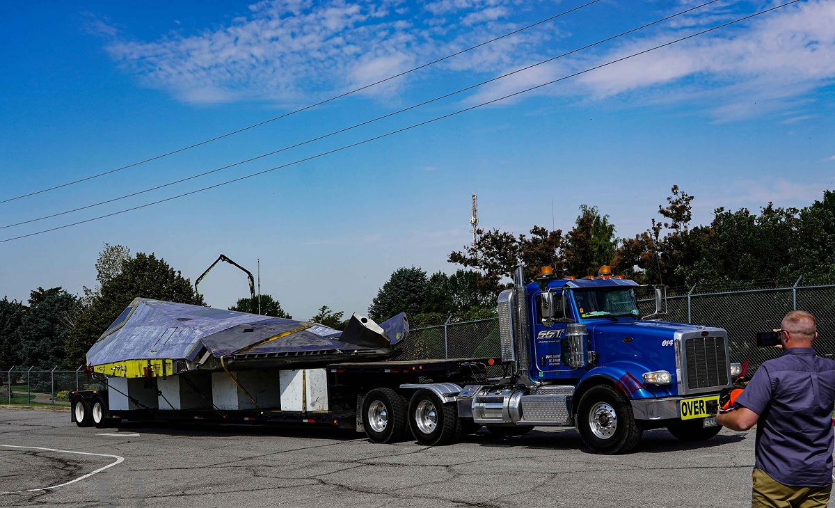 Cool photos show stripped down F-117A Nighthawk being delivered to Hill Aerospace Museum