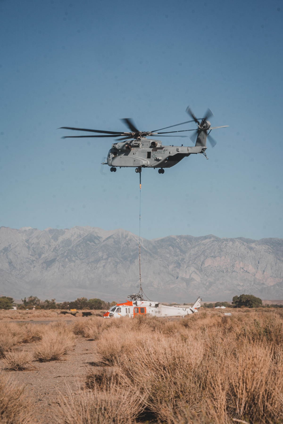 CH-53K King Stallion first fleet mission was a tough operation to lift a MH-60S Knighthawk at 12,000 ft