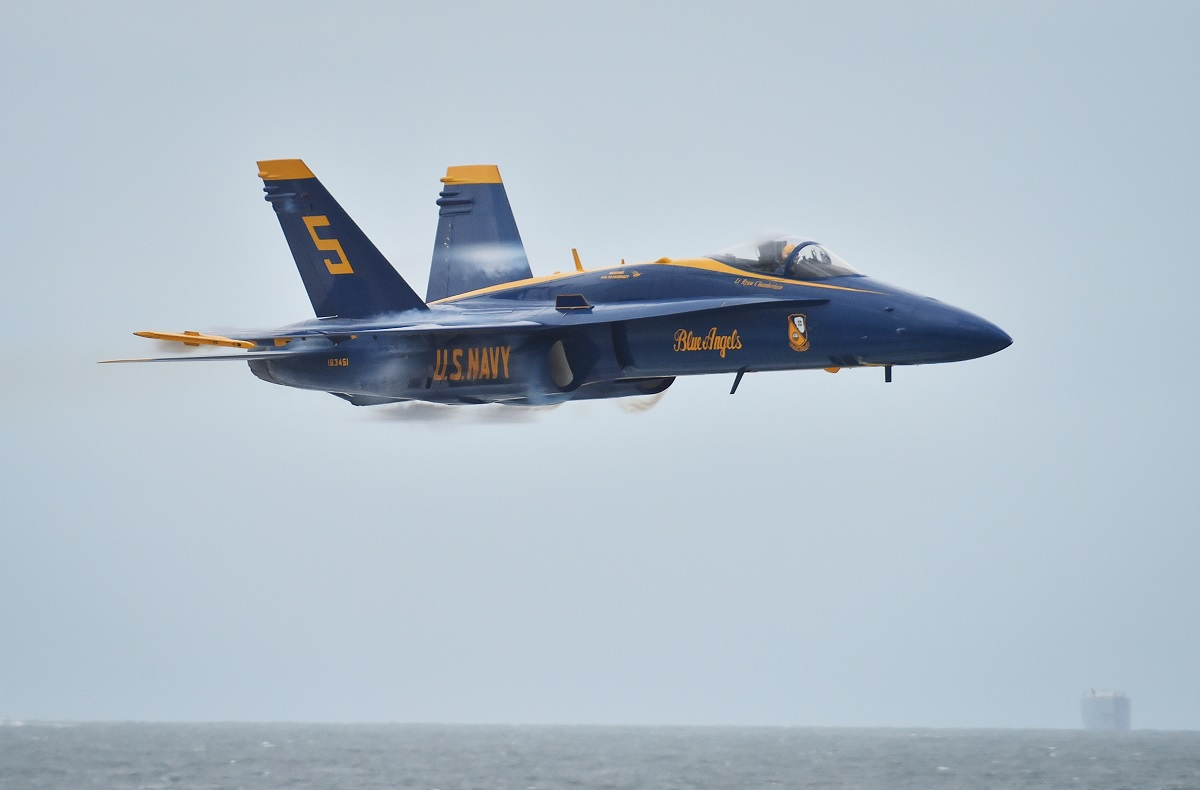 Former Blue Angel talks about Team's Transition to Super Hornet and new Airshow Routine