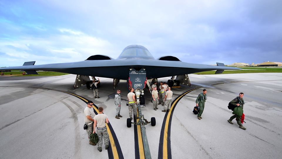 f4c9f5da SOME COOL PHOTOS OF B-2 SPIRIT STEALTH BOMBERS THREE-WEEK DEPLOYMENT ...