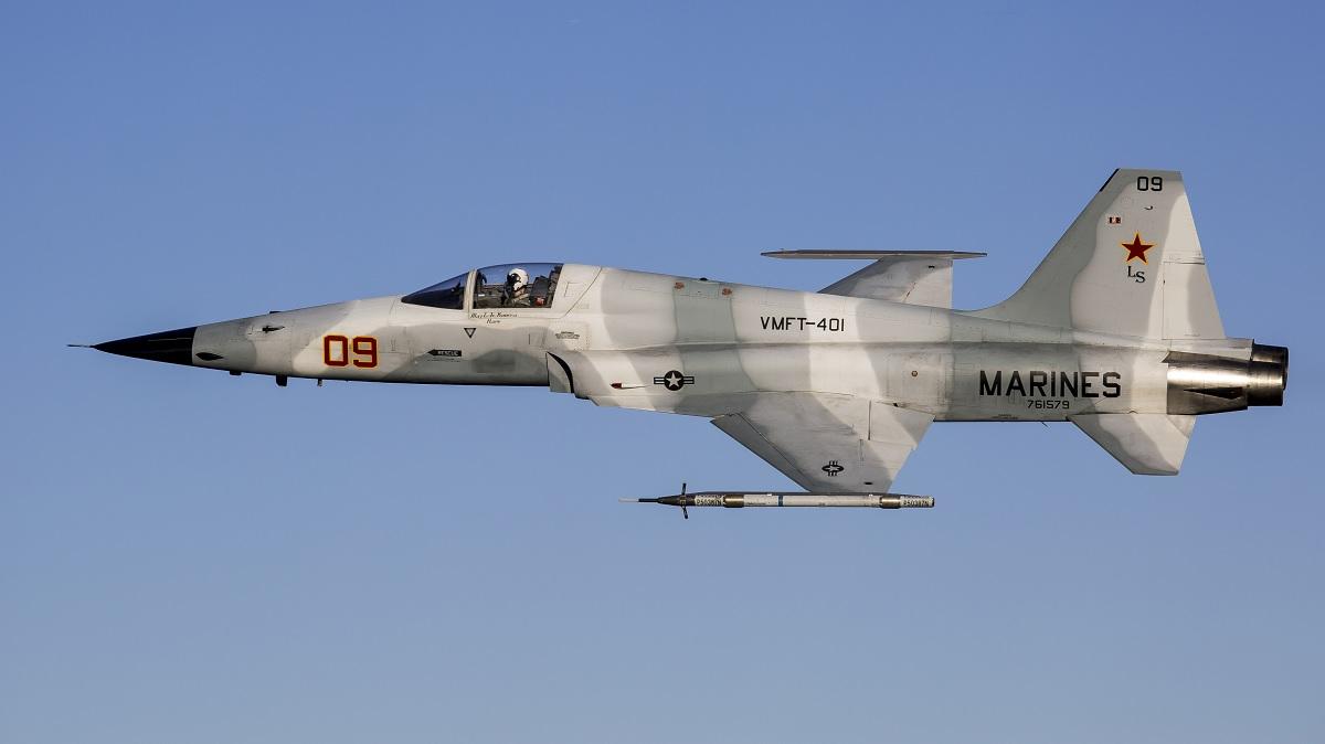 VMFT-401 F-5N TIGER II ADVERSARY AIRCRAFT SUPPORTED USMC F ...