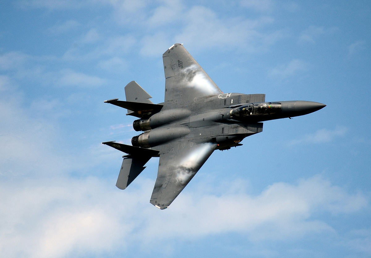 US AIR FORCE F 15 EAGLES GO SUPERSONIC OVER WEST PALM