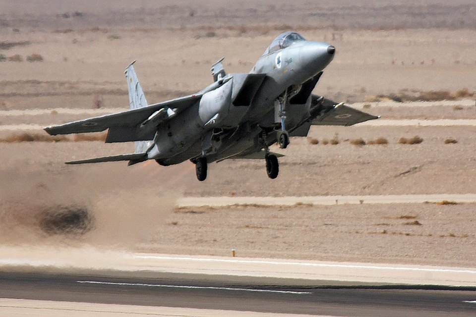 IAF Fighter Pilots Explains why Israel Picked the F-15 Eagle over the F-14 Tomcat