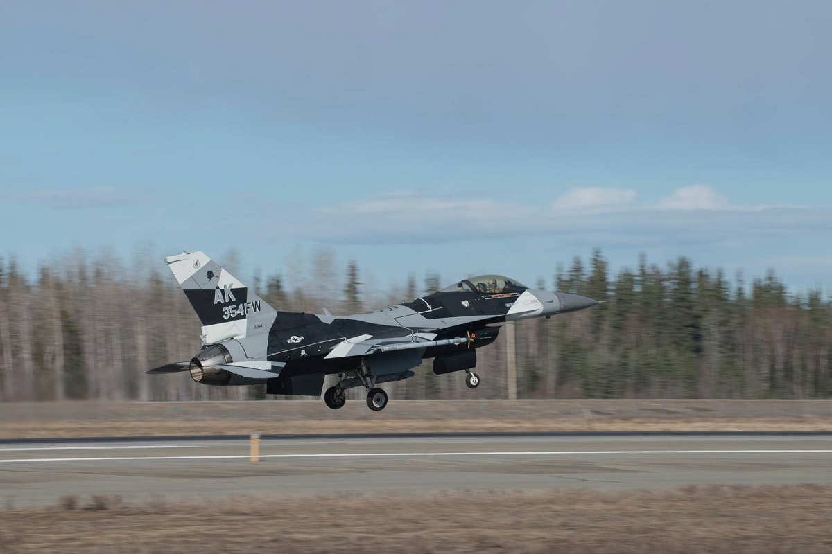 AGGRESSORS F-16 WEARING NEW SPLINTER ARCTIC SCHEME SPOTTED AT