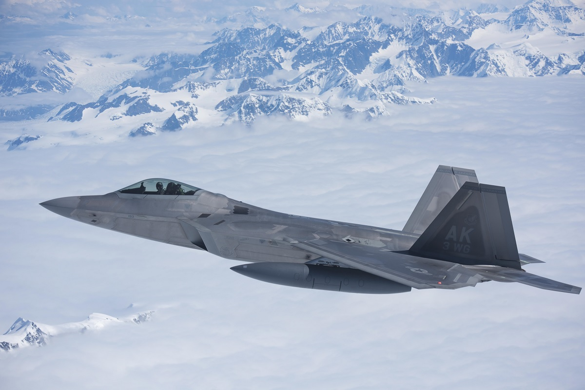 here s why usaf won t restart f 22 raptor production the aviation