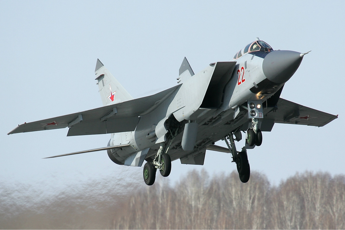 MiG-31 replacement to be able to opeate in space and to be optionally piloted