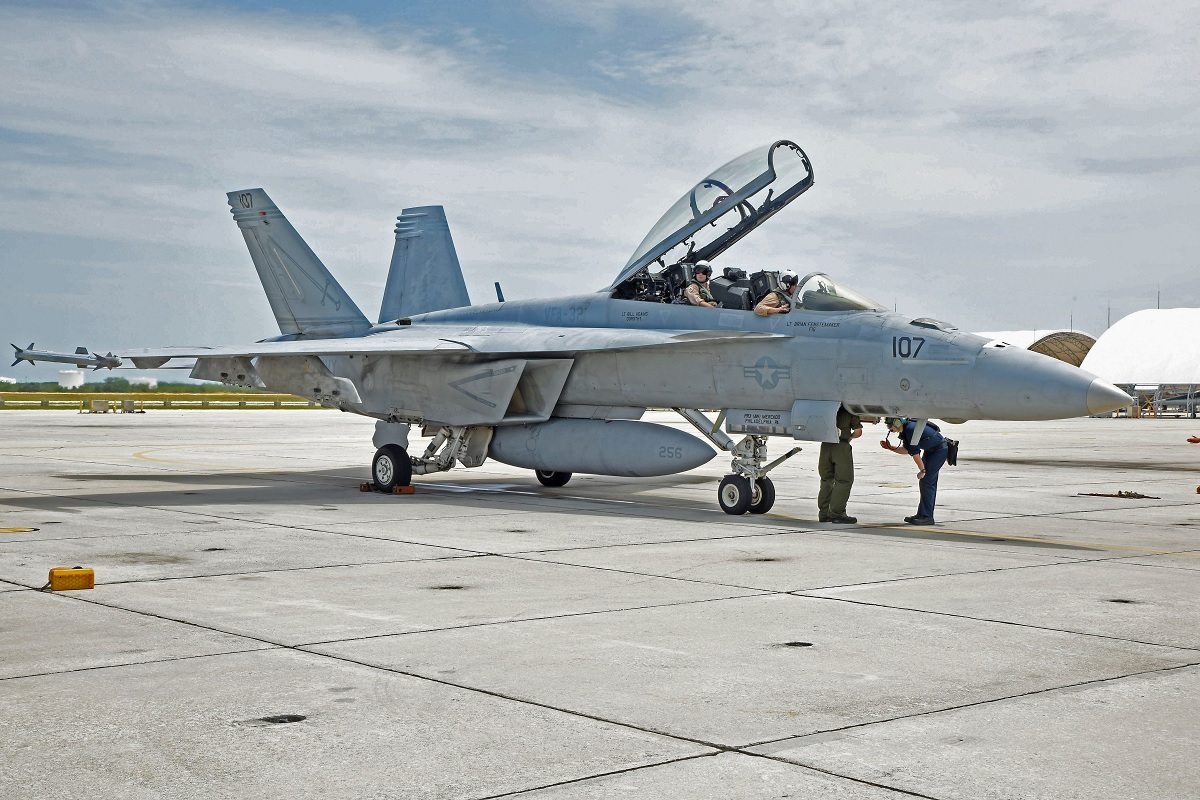 Boeing Receives Second U.S. Navy Contract for F/A-18 Service Life Modification to extend the life of existing Super Hornets from 6,000 to 10,000 flight hours