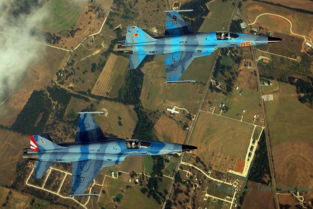 VFC-111 F-5Ns