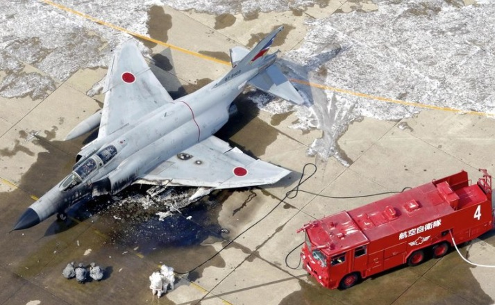 JASDF F-4 damaged by heavy fire before take-off at Hyakuri Airbase