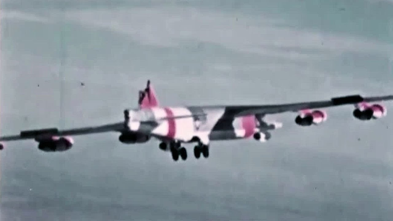 Look Ma, no tail! Find out how this B-52 strategic bomber landed safely without its tail fin