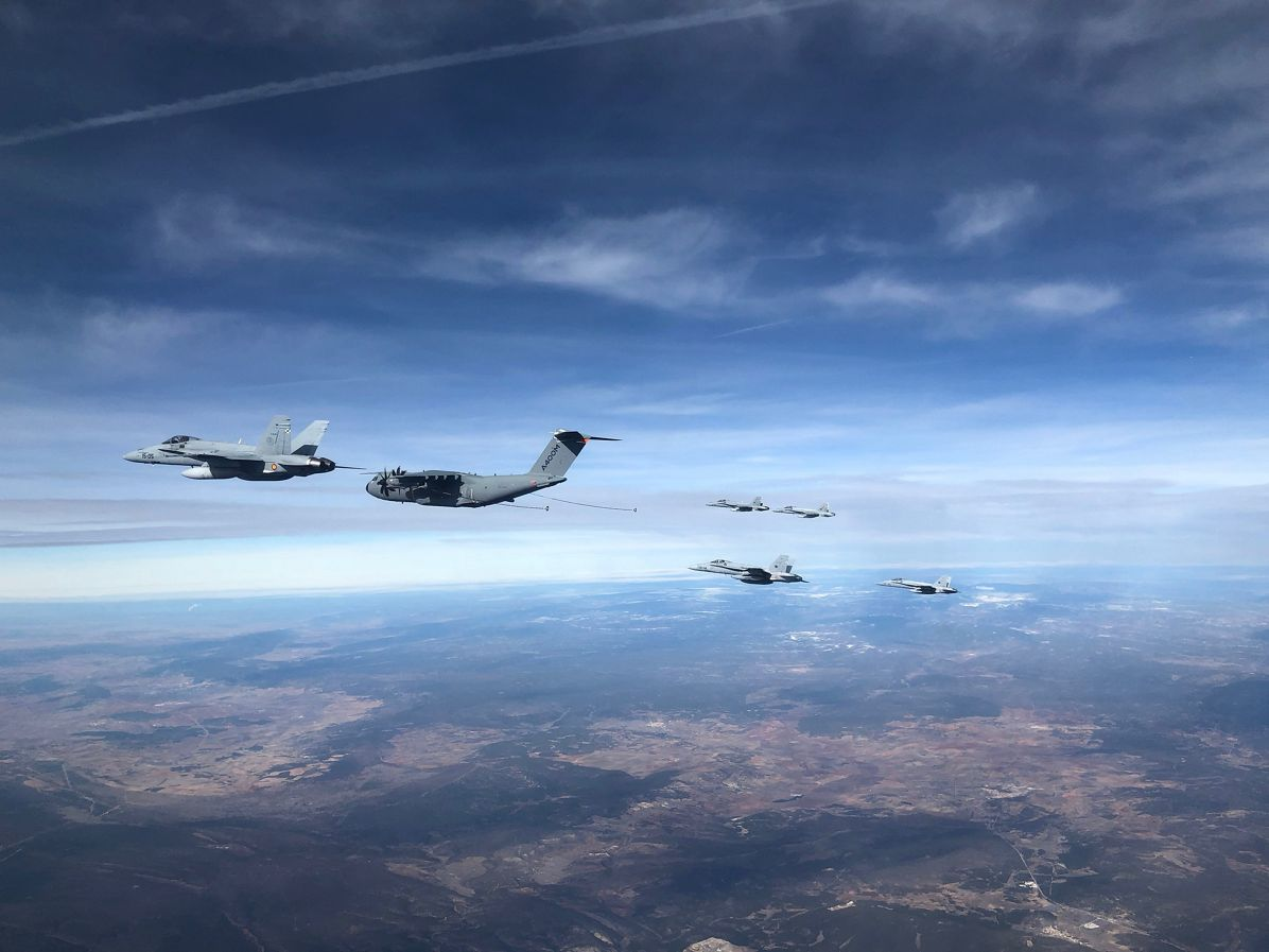 Cool video shows A400M airlifter refueling six Spanish F/A-18s in one flight