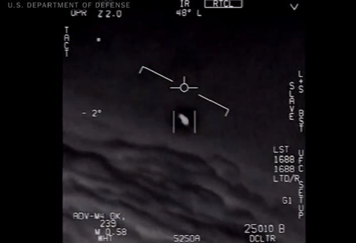 Shocking video shows U.S. Navy F/A-18F Super Hornet intercepting an UFO