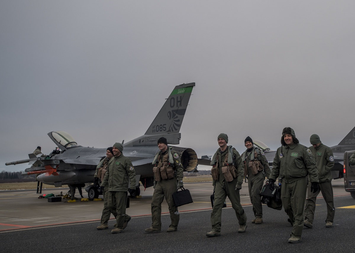 Ohio ANG deploys 12 F-16s to Estonia in support of Operation Atlantic Resolve