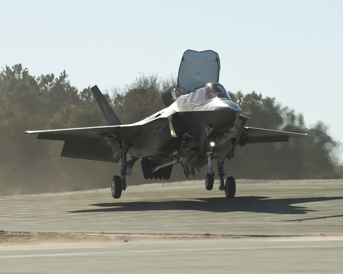 USMC tests F-35B on sloped landing pads