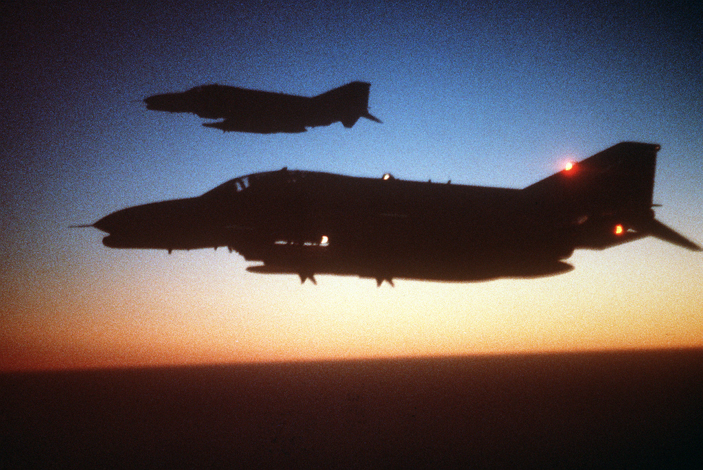 The incredible story of the F-4G Wild Weasel that dodged 6 SAMs in few seconds During Operation Desert Storm