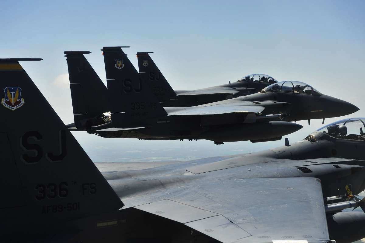ROLAND! Read the story of the F-15E crew that dodged two (very fast) Iraqi SAMs in few seconds