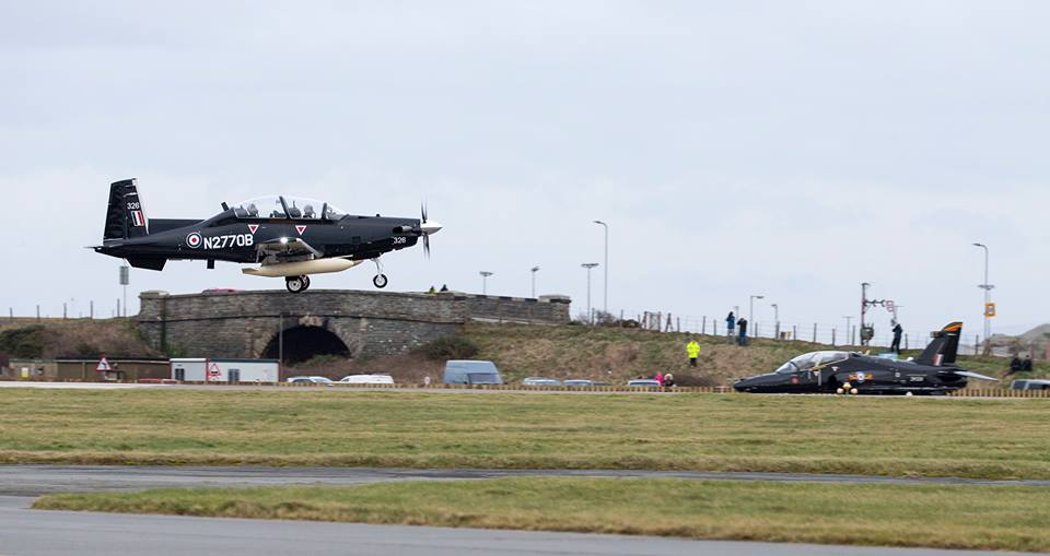 First two T-6C Texan training aircraft arrive at RAF Valley