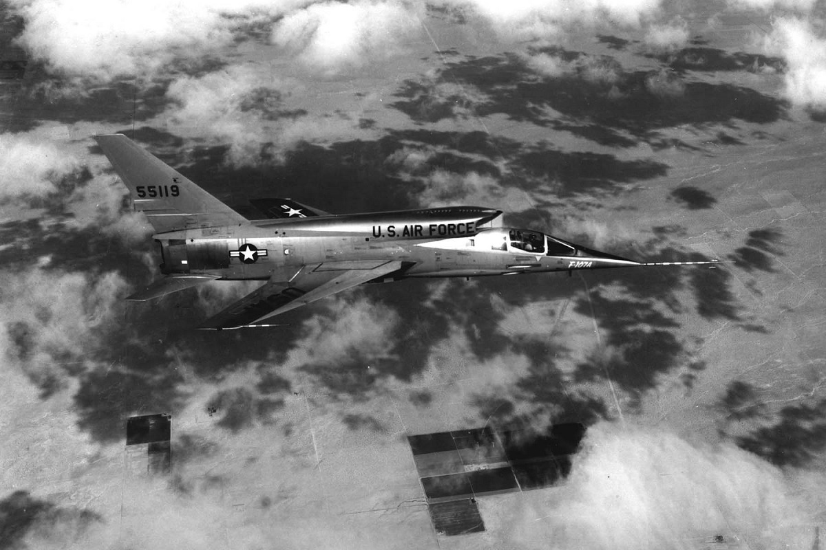 A quick look at the F-107A Ultra Sabre, the Century Series fighter that never was