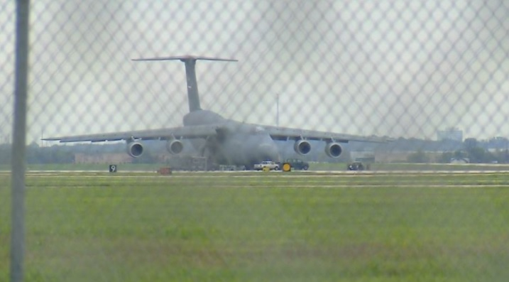 C-5M Super Galaxy lands with nose gear upat Joint Base San Antonio-Lackland