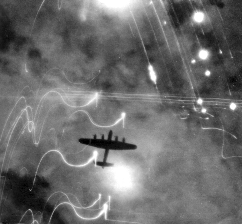 The Short Stirling and the Hamburg fire raids