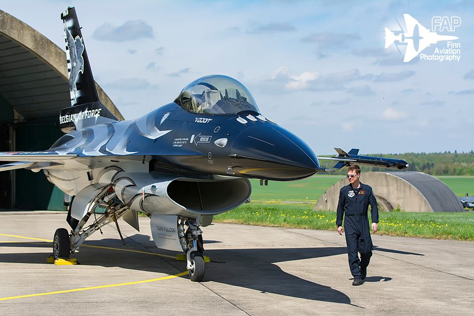Here are some cool photos of Dark Falcon, Belgian Air Force 2018 F-16 demo Viper