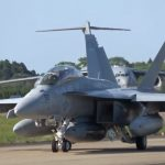 Video shows VAQ-138 EA-18G making emergency landing at Hyakuri air base, Japan