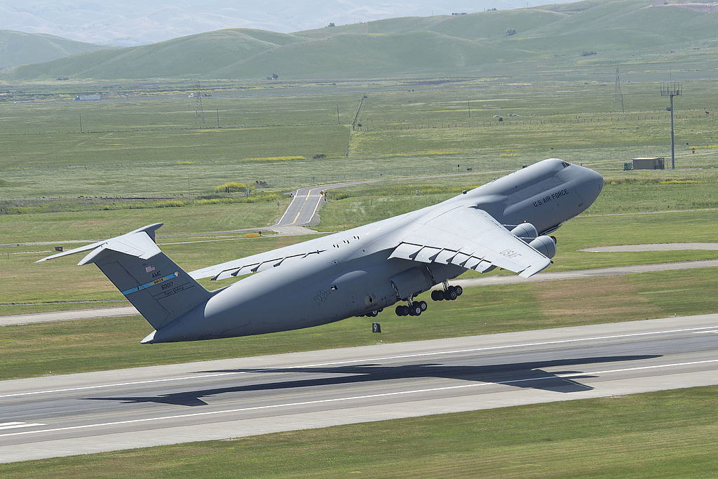 The story of the stall and fall experienced by a C-5 Reserve crew on approach to Diego Garcia