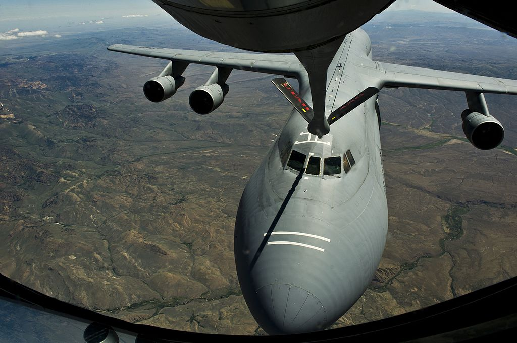 The incredible story of the C-5 crew that performed three night air refuelings during a storm