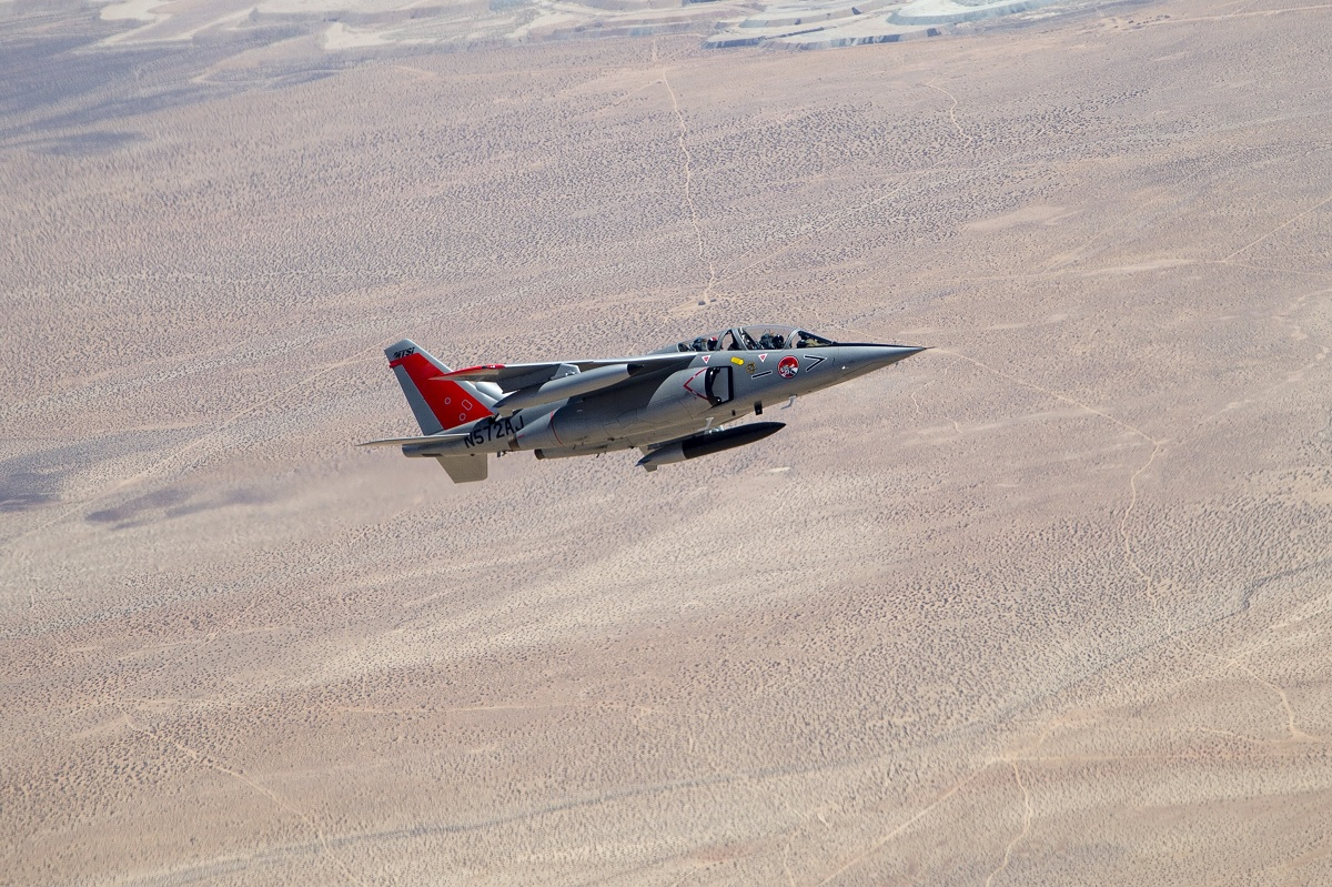 USAF is testing Alpha Jet as chase plane to see if it can fill the F-16's role