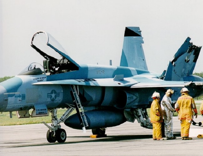 U.S. Naval Aviator explains how he and his wingman were able to RTB after their F/A-18 fighters collided during air combat training