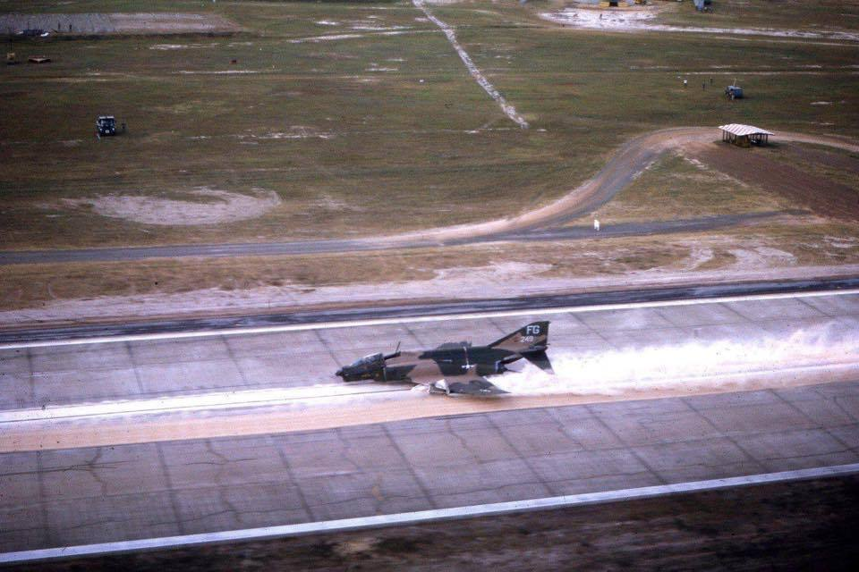 Here's why the pilot of this stricken F-4D returned to base safely without his backseater