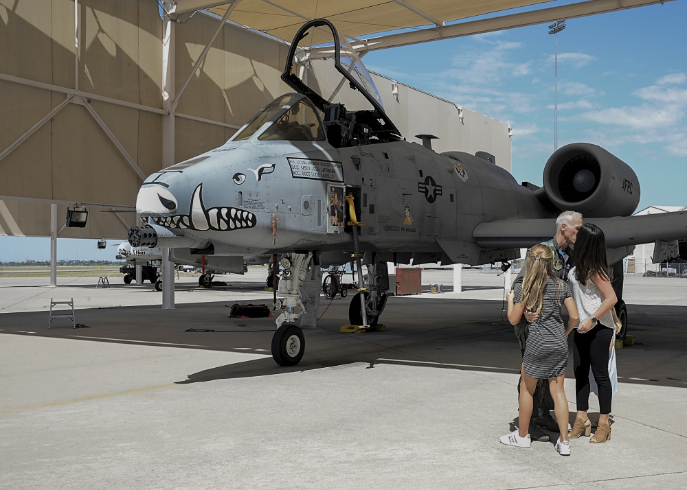 A-10 Hog driver hits 5,000 hours milestone