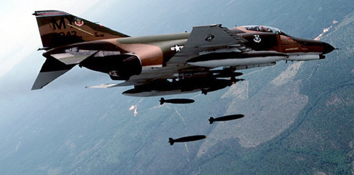 How a USAF F-4E flying at Mach 1.2 gun killed a North Vietnamese MiG-19 scoring the world's only supersonic gun kill