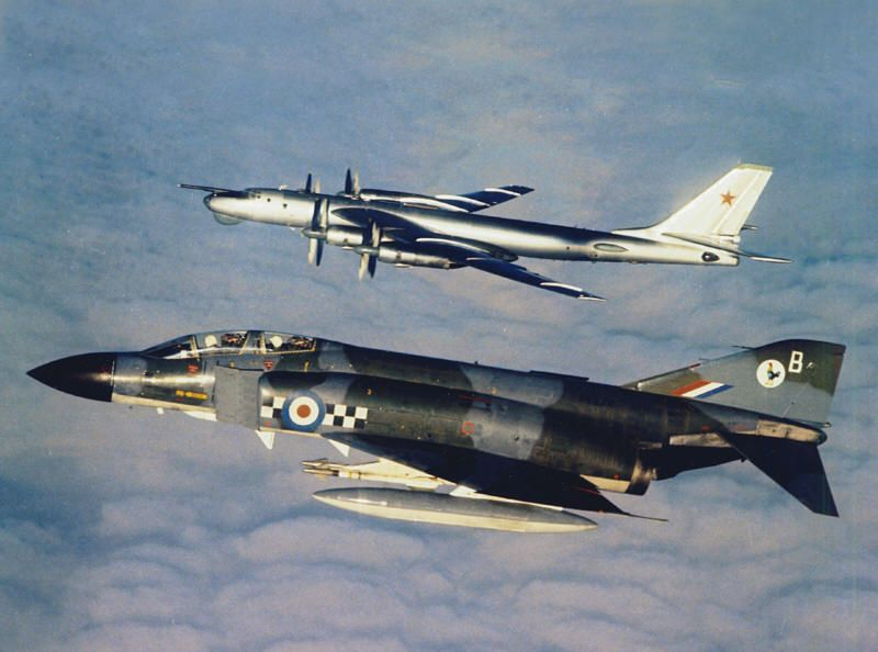 That time two RAF Phantoms shadowed two Soviet Bears over France