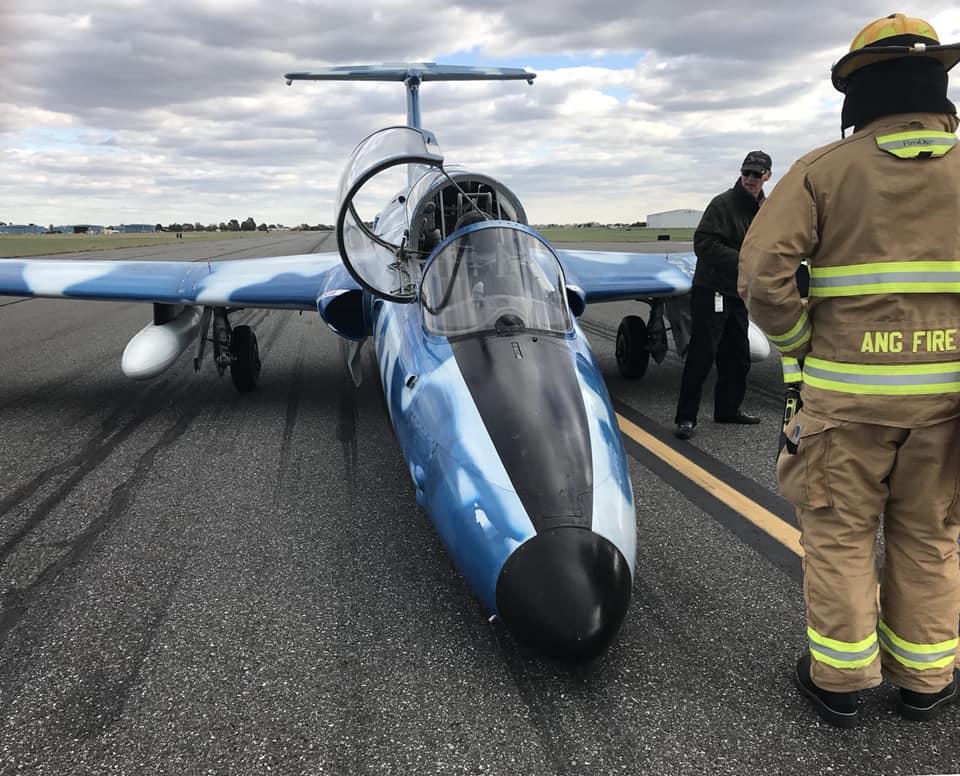 L-29A Delfín lands nose gear up at New Castle Air National Guard Base
