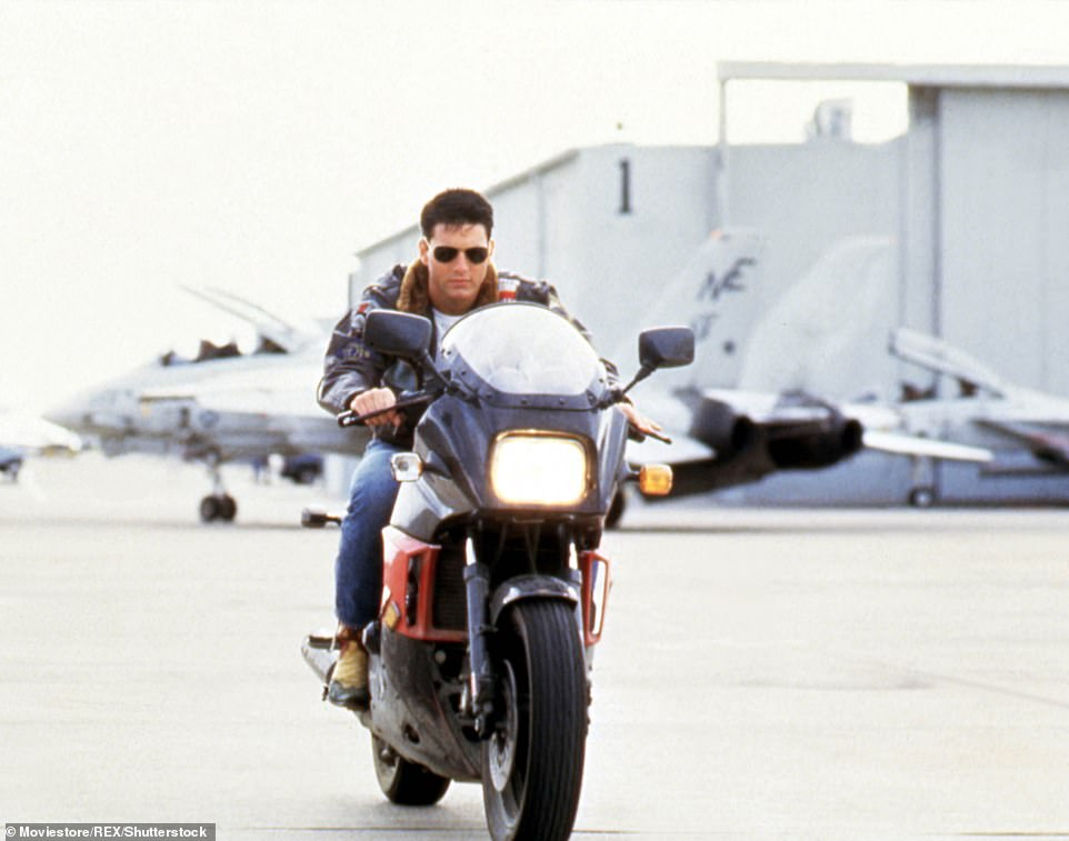 Tom Cruise and Jennifer Connelly recreate Top Gun's iconic Motorbike Scene for the movie sequel